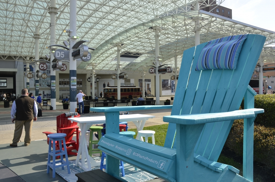 A High Point Market central meeting spot: The big chair.