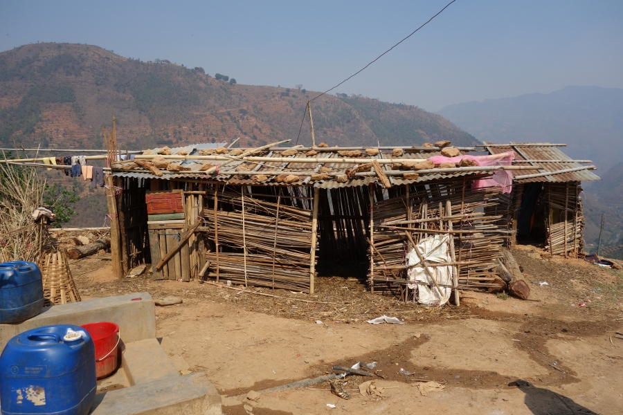 Hokse makeshift shelter