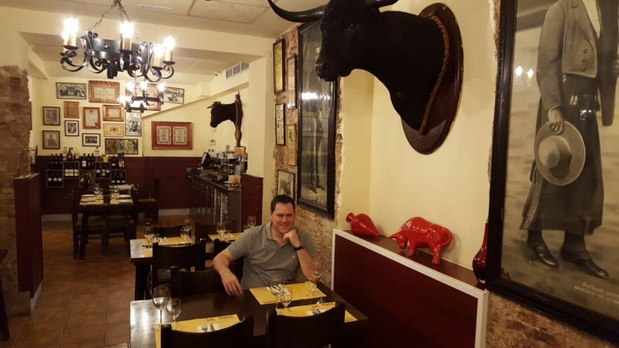 bullfighting restaurant in barcelona