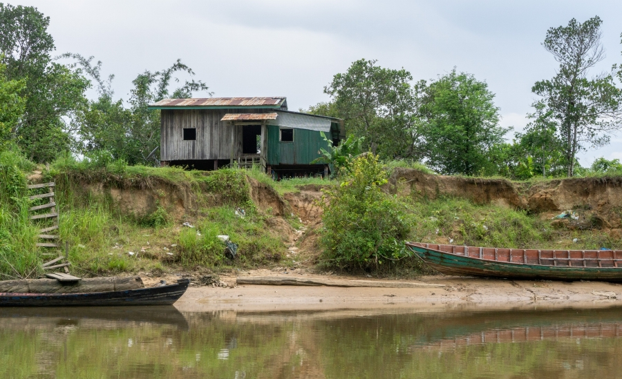 Sand mining in the Koh Kong estuary has led to erosion of riverbanks and the loss of habitat for fish.