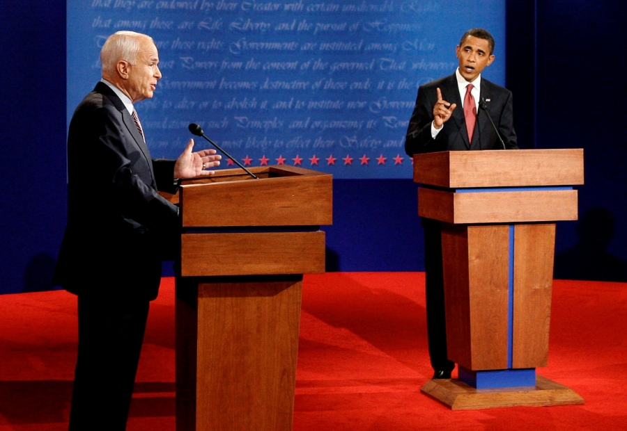 US Republican presidential candidate John McCain (L) and US Democratic presidential candidate Barack Obama (R) take part in their first 2008 US presidential debate