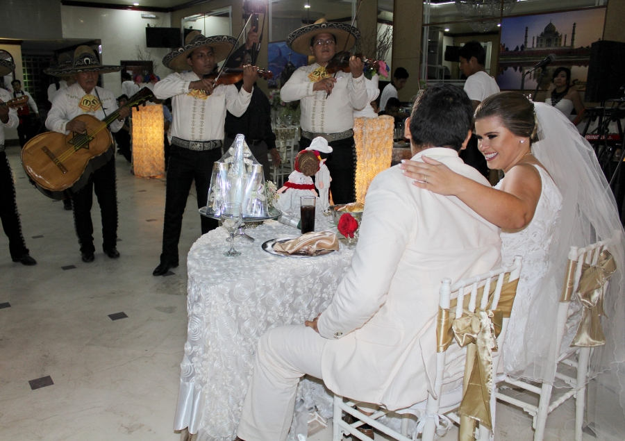 a couple getting married in mexico