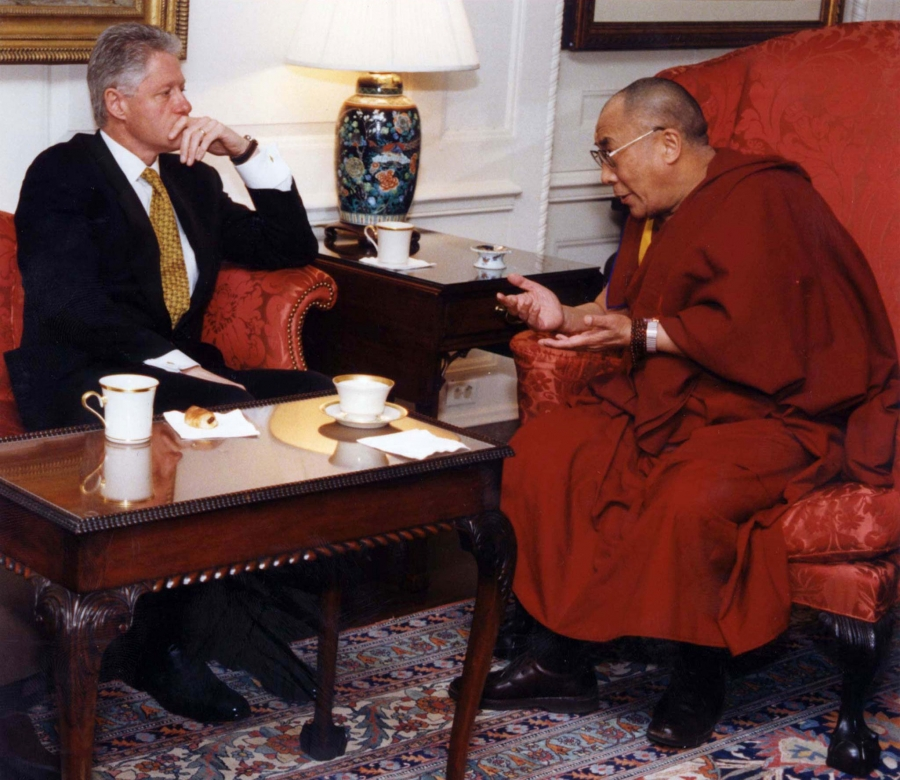US President Bill Clinton meets with the Dalai Lama