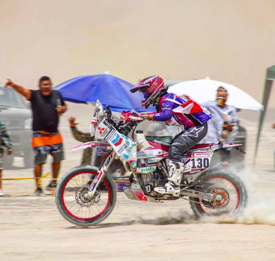 In January, Gianna Velarde became the first Peruvian female rider to race in the Dakar Rally.