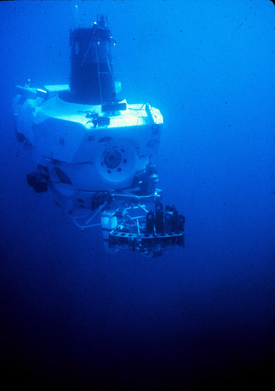 The submersible Alvin exploring hydrothermal vents in 1978.