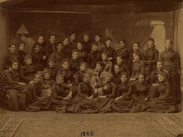 A class photo at the Women's Medical College of Pennsylvania in 1888