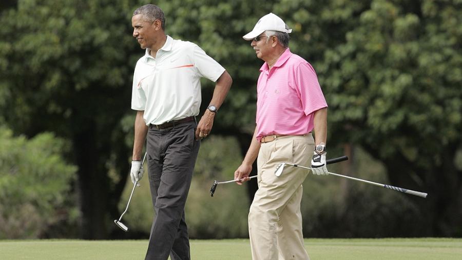 obama plays golf with malaysian prime minister najibi razak