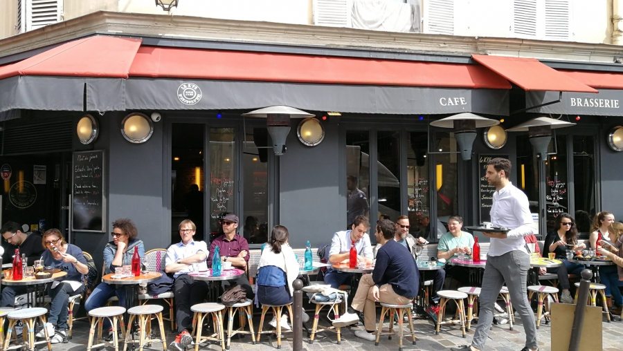 It's still not the norm at restaurants in Paris to ask for a doggy bag. But the French government wants to change that.