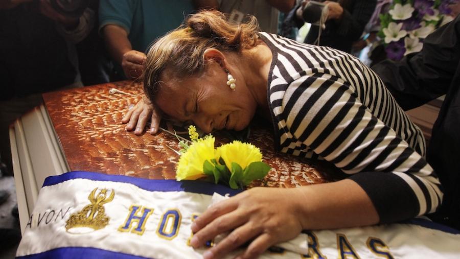 honduras-homicide-coffin