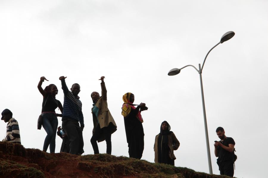 The Habari Kibra student journalists on a recent photography field trip in their community, Kibera.