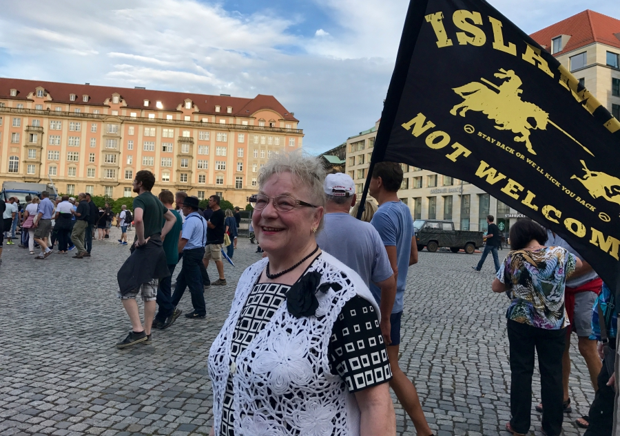 Renate Schneider, a PEGIDA activist, defines Volk as people with the same culture and language.