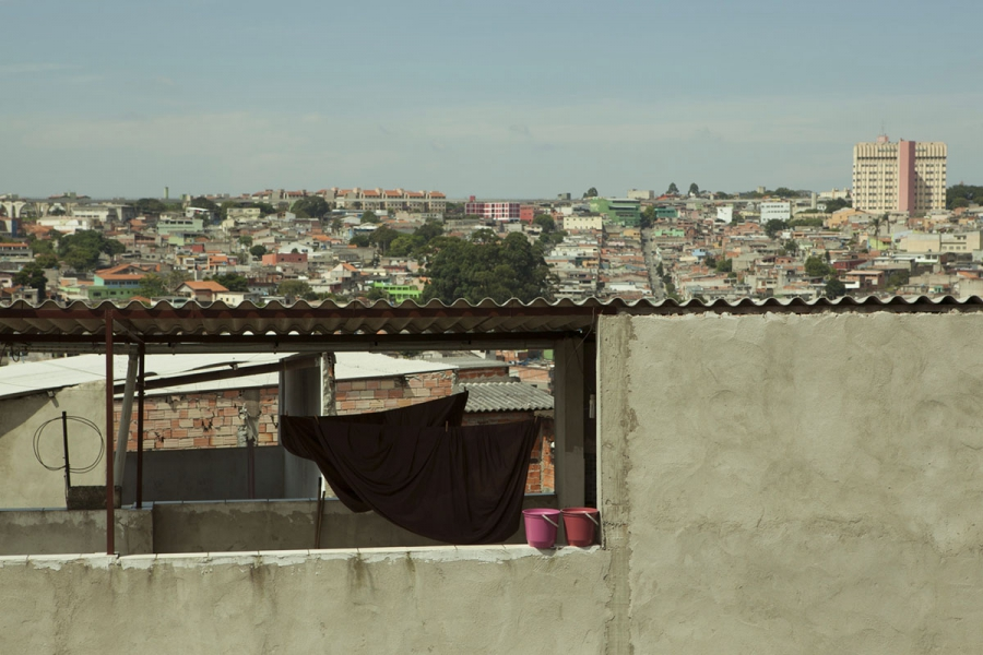 About fifty rain barrels are scattered throughout the Vergueirinho favela in the São Mateus district of São Paolo.