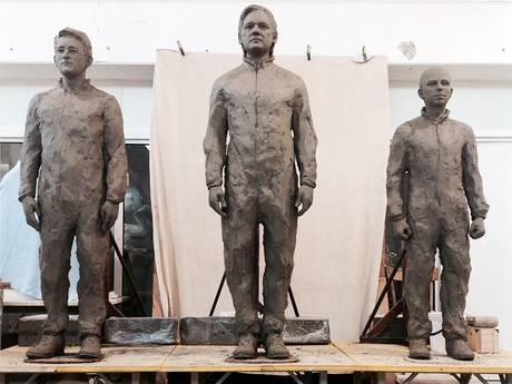 When completed, the three figures will be cast in bronze and standing on chairs to symbolize courage.