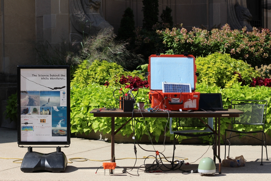 An information booth where Doug MacAyeal explained his fieldwork and seismometers to passers-by at 2 North Riverside Plaza.