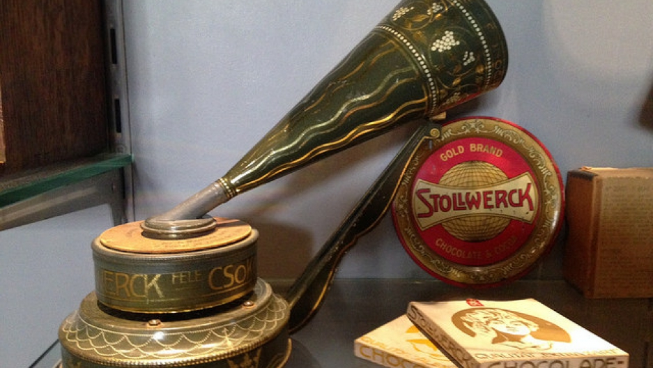 A Stollwerck toy phonograph, with chocolate recordd, circa 1903.