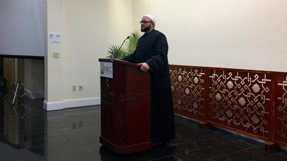 Shaykh Yasir Fahmy, senior imam at the Islamic Society of Boston Cultural Center, introduced Boston mayor Marty Walsh at a town hall meeting February 24, 2017.