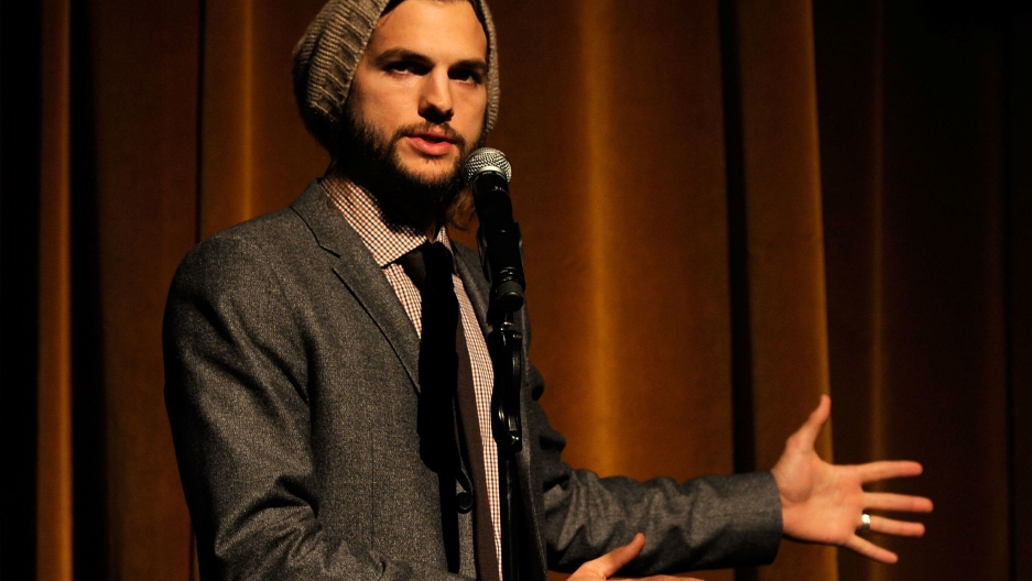 Ashton Kutcher quits Twitter after comments over Joe Paterno sex