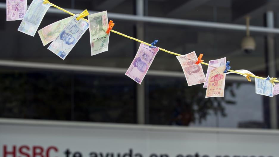 Drug war ensnares big banks for letting Mexico cartels stash cash