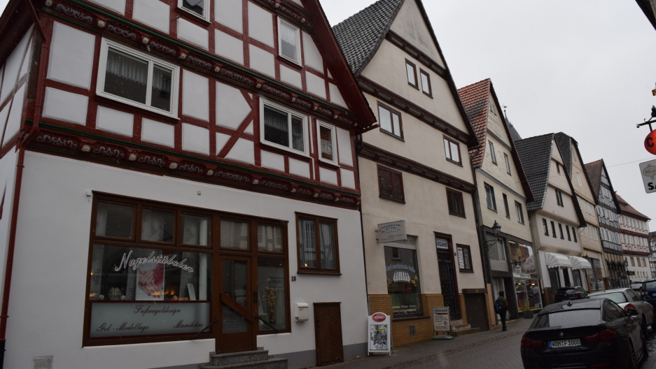 Because of renewable energy sources, Wolfhagen, Germany, with 14,000 inhabitants, is able to generate about 106 percent of the its electricity needs throughout the year. The surplus is sold to neighborhing communities, and the Wolfhagen's residents receiv