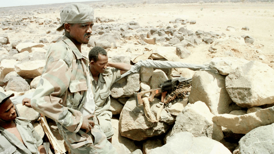 Eritrean soldiers at a border checkpoing in 2000