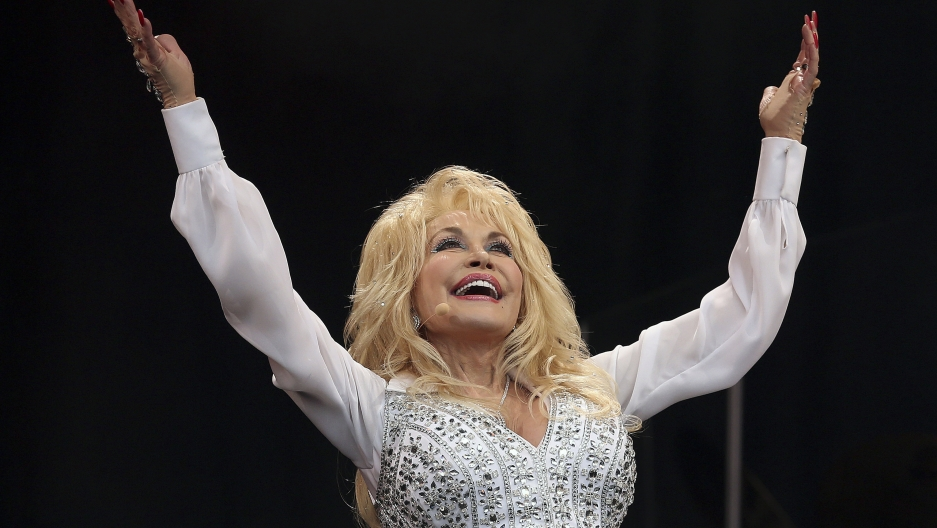 Dolly Parton performs in 2014.