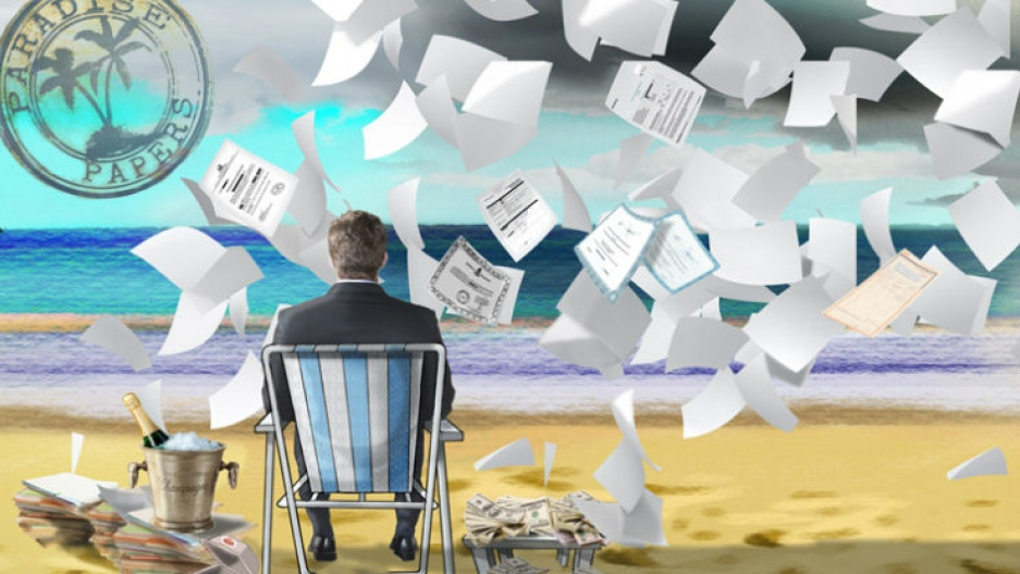 Paradise Papers: Offshore trove exposes Trump-Russia links
