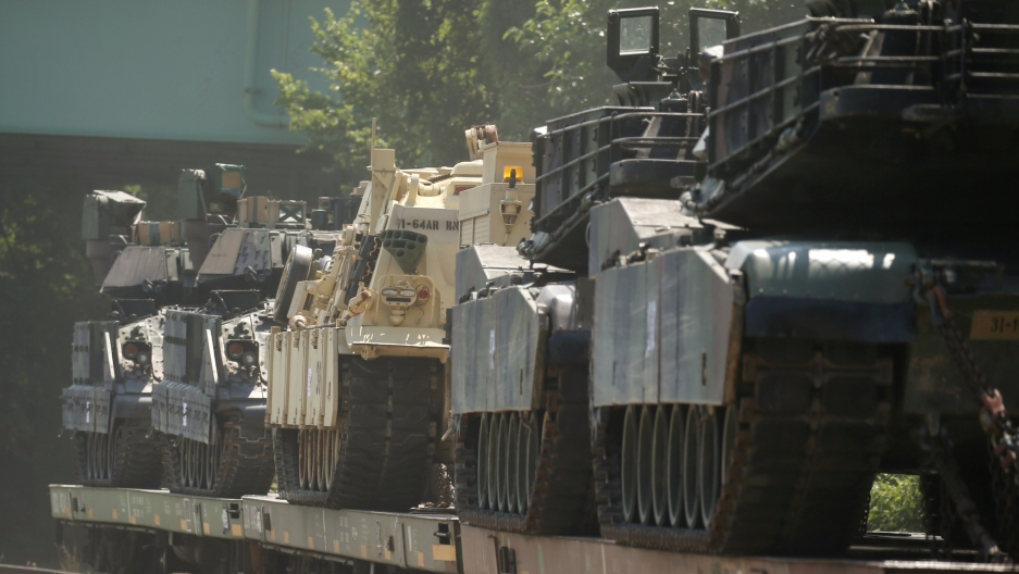 Tanks roll through Washington in display of military pageantry