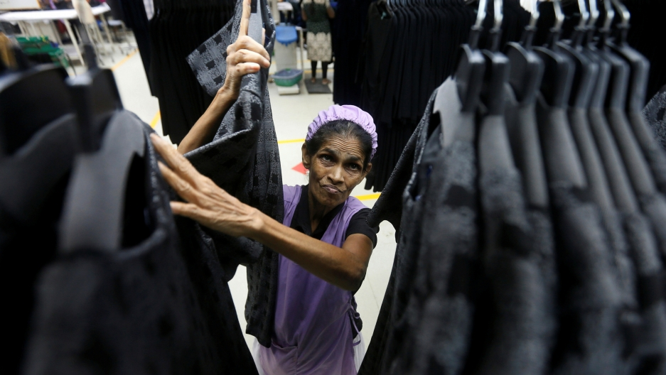a woman working in a factory in sri lanka