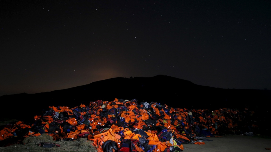 longreads-refugee-diaries-intro-lifejackets