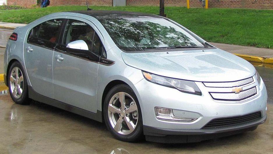 General Motors plans suspension of Chevy Volt production as