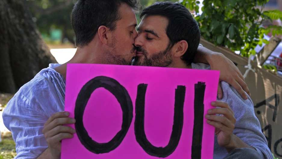 French gay dating