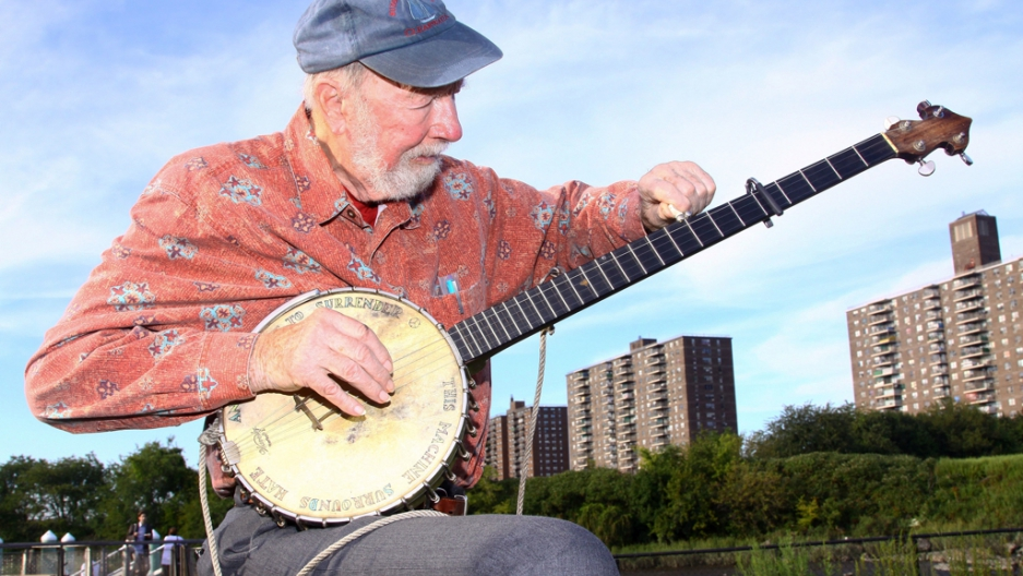 14 songs by Pete Seeger that are more relevant than ever, sadly
