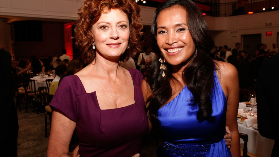 Actress Susan Sarandon (L) and Somaly Mam (R) attend the Somaly Mam  Foundation NYC benefit gala. An article in Newsweek this year accused Ms.  Mam of ...