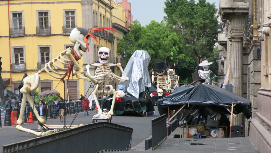 James Bond filming in Mexico