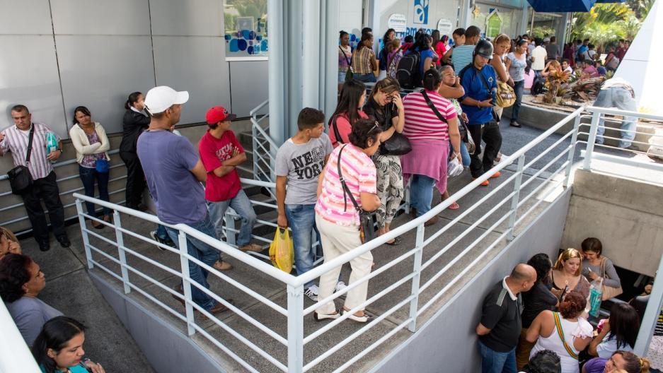 Venezuela pharmacy line