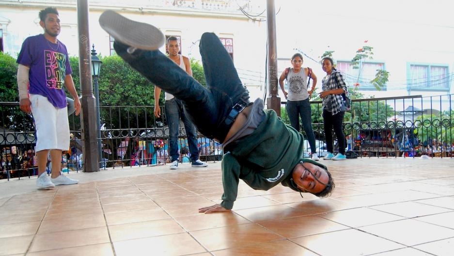 Nicaragua hip hop bboy