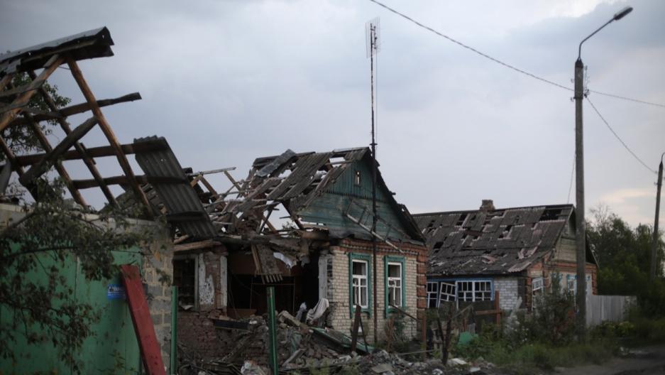Eastern Ukraine homes destroyed