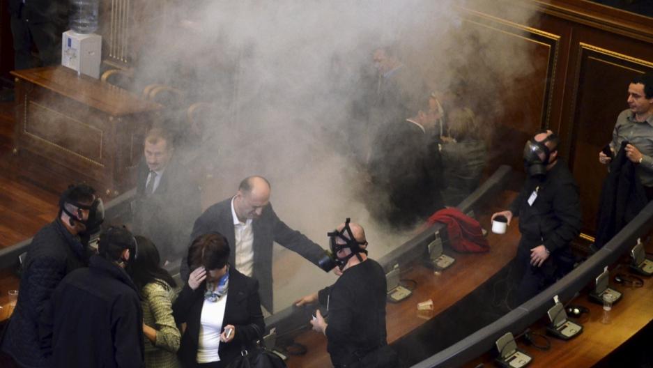 Kosovo parliament tear gas