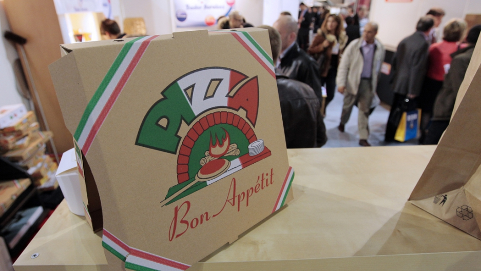 Quebec language police claim italian restaurant menu has - Pizzeria porte de versailles ...