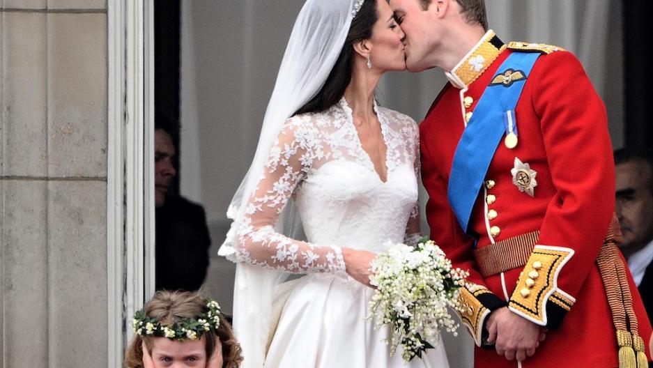 Grace Van Cutsem Royal Frowning Bridesmaid Makes A Splash Public