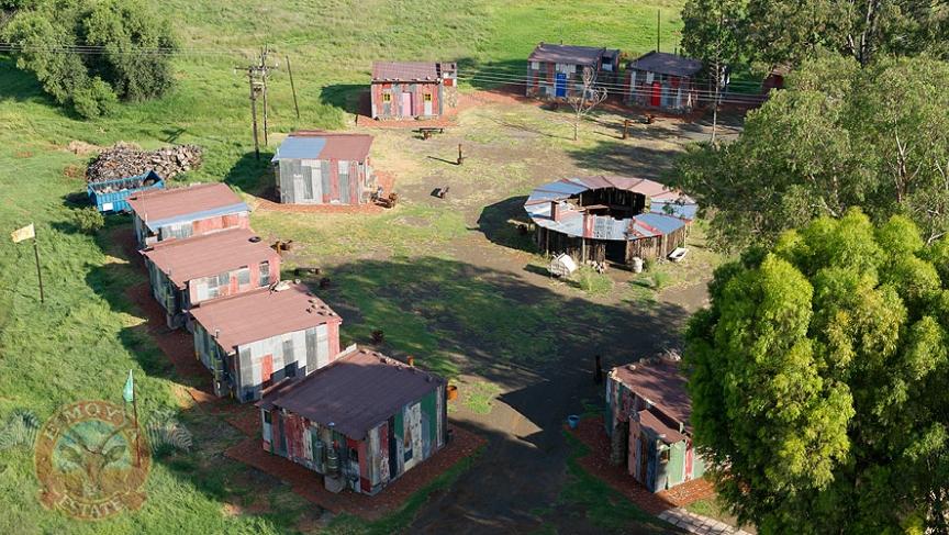 Emoya Shantytown2