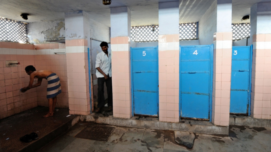 Burn Notice: Indian Spies Caught Peeping In Women's Toilet