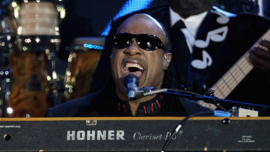 Stevie Wonder Files For Divorce From Kai Millard Morris The World From Prx