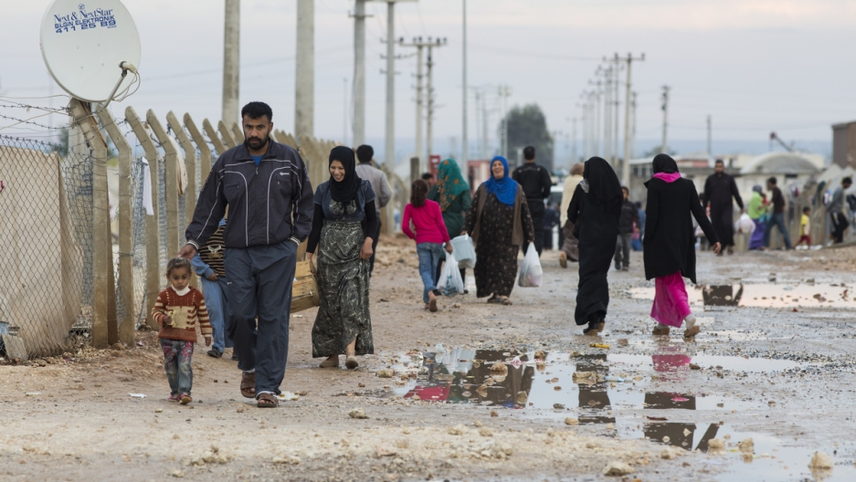 Syrian refugees in Akcakale camp in Turkey