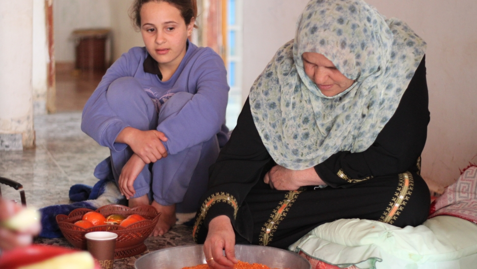 Women in the Abu Al Giyan family