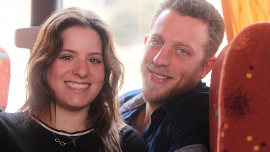 Tal Tochner (L) and Ehud Rotem (R) on the bus to Ramallah.