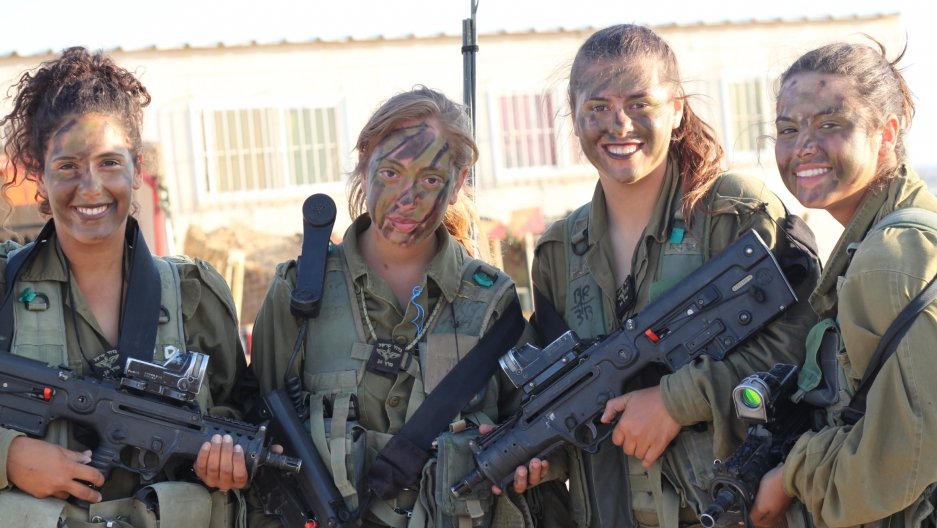 Israeli soldiers in the mostly-female Caracal combat unit of the Israeli army.