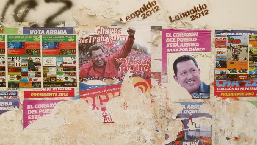 Pro-Chavez graffiti in Mérida, Venezuela.