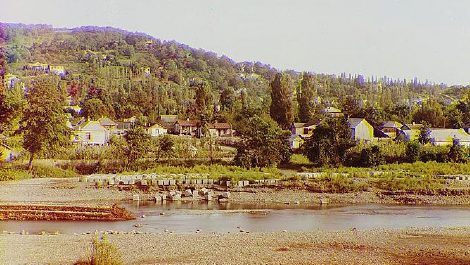 Sochi about 100 years ago, taken by the pioneering color photographer, Sergey Prokudin-Gorsky.