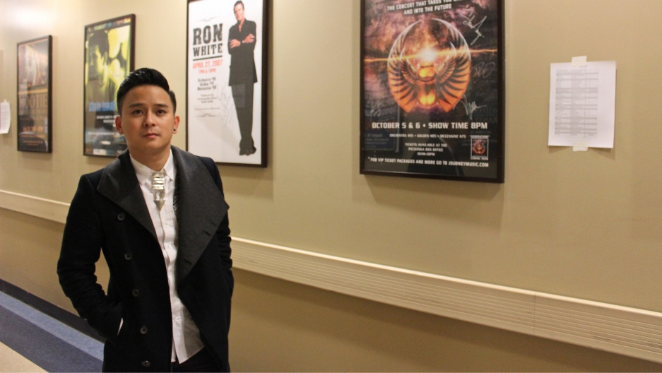 """A new edition to the """"Paris by Night"""" features 30-year-old Vietnamese pop singer Justin Nguyen bringing hip-hop to the show."""